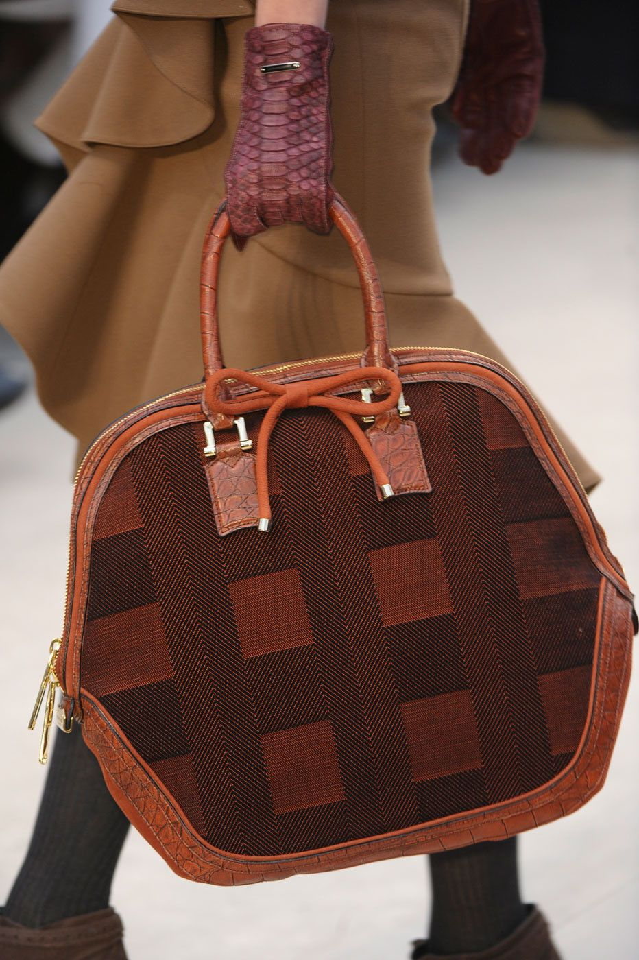 Discussion on this topic: Burberry Prorsum Holiday 2012 Accessories Collection, burberry-prorsum-holiday-2012-accessories-collection/