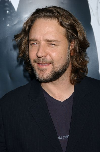 I Like The Long Hair Long Hair Styles Men Haircuts For Men Russell Crowe