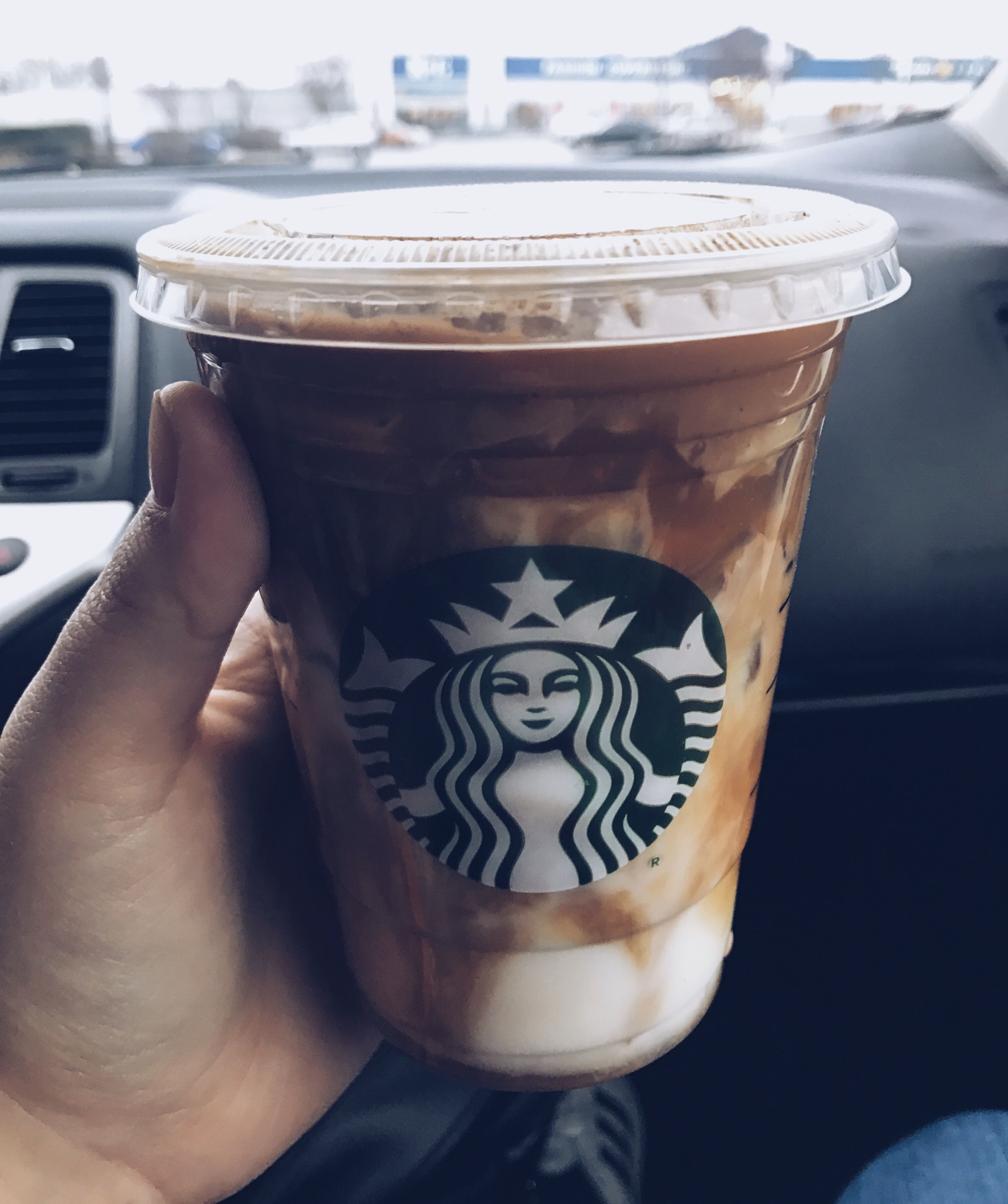 Pin by Kessa🤩 on coffee ★ Starbucks drinks, Coffee cafe