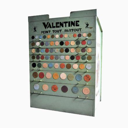 Industrieller Französischer Schrank für Farbe von Valentine, 1960 ...
