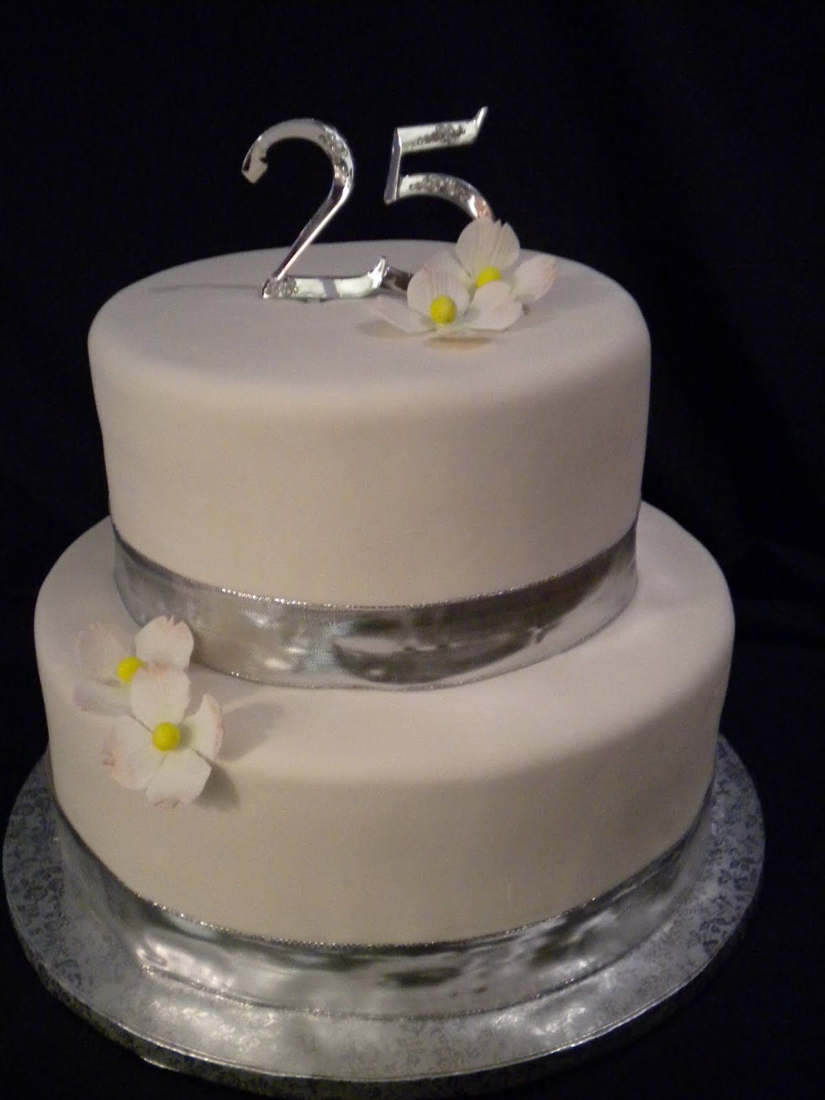 25th Wedding Anniversary Cakes Photos