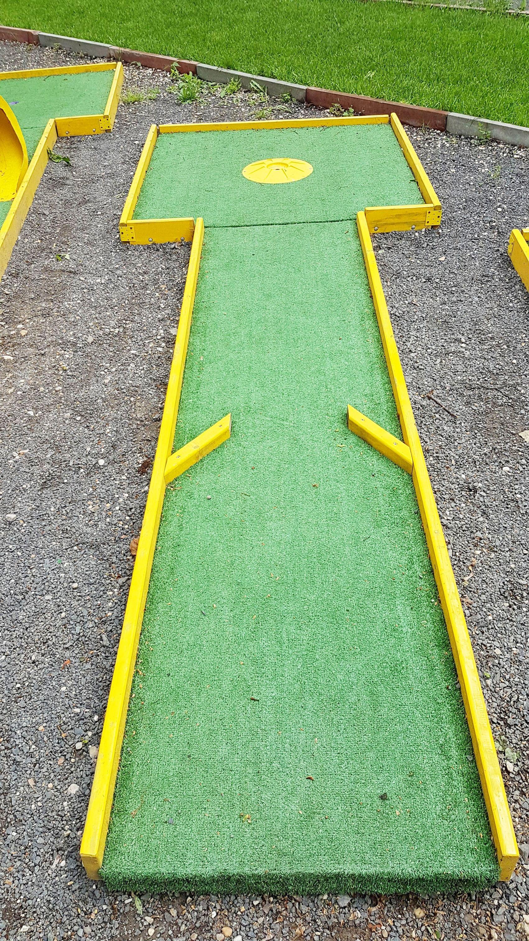Anjahome Bullet Journal Tips Hacks Ideas Outdoor Mini Golf Backyard Putting Green Indoor Mini Golf Backyard diy mini golf
