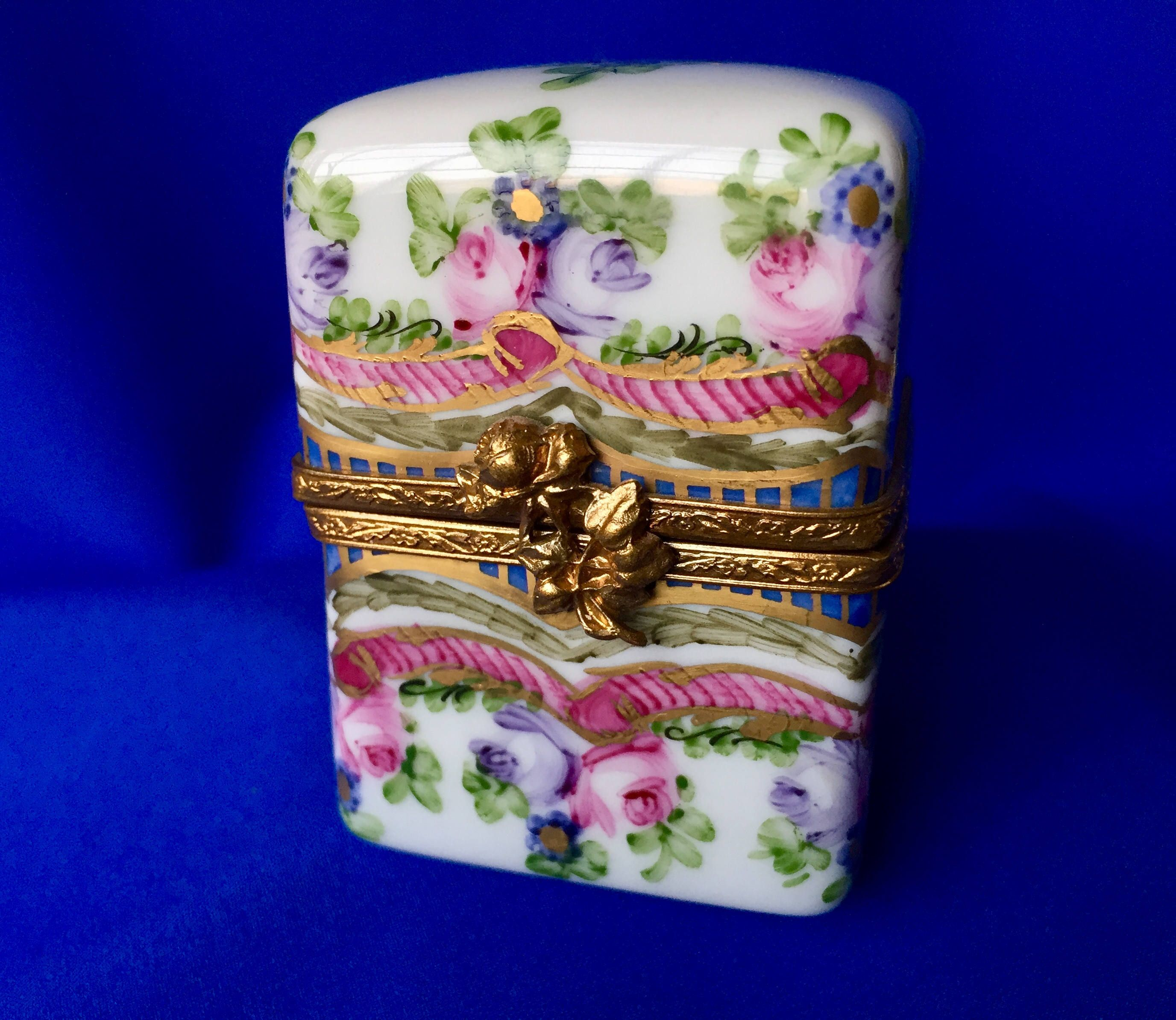 Vintage Signed Limoges Hand Painted Tall Trinket Box Vintage Limoges Trinket Box Limoges France Hand Painted Porcelain Box Trinket Boxes Vintage Signs Porcelain