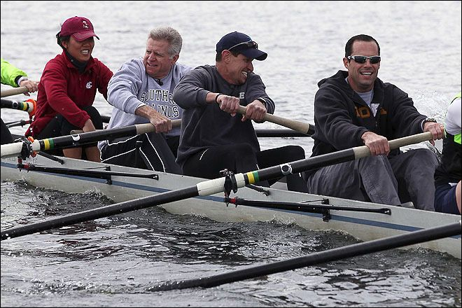KOMO's Mary Nam, Dan Lewis, Mike Ferreri and director James Owen faced a team from KIRO in a fierce Row-Down at the Montlake Cut! Details: http://bit.ly/L0WuQ0