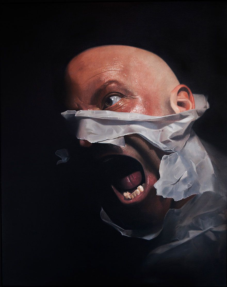 After having tattoo studio for 14 years i decided to become a painter and create hyper realistic art