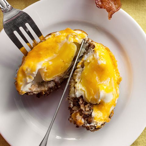Baked egg and stuffing cups