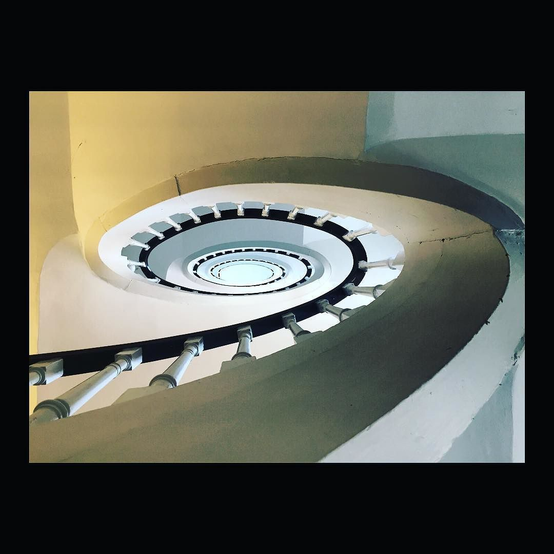 Cyclope. #stairs #stair #staircase ##copenhagen #denmark #scandinavia #classic #bottomup