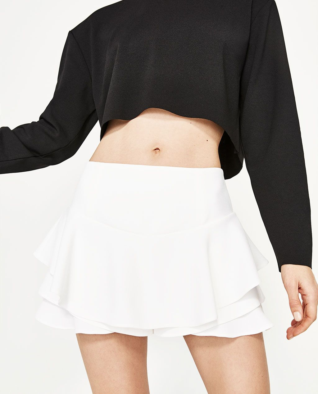 c75c2ba3 FLORAL PRINT BERMUDA SHORTS-SHORTS-WOMAN | ZARA Thailand Outfit Con Short,  White