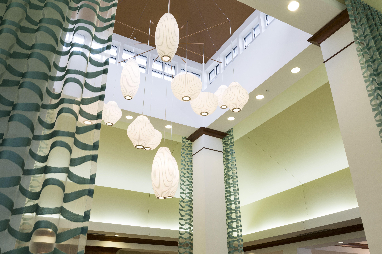 Hilton Garden Inn Seattle North Everett Lobby Lighting