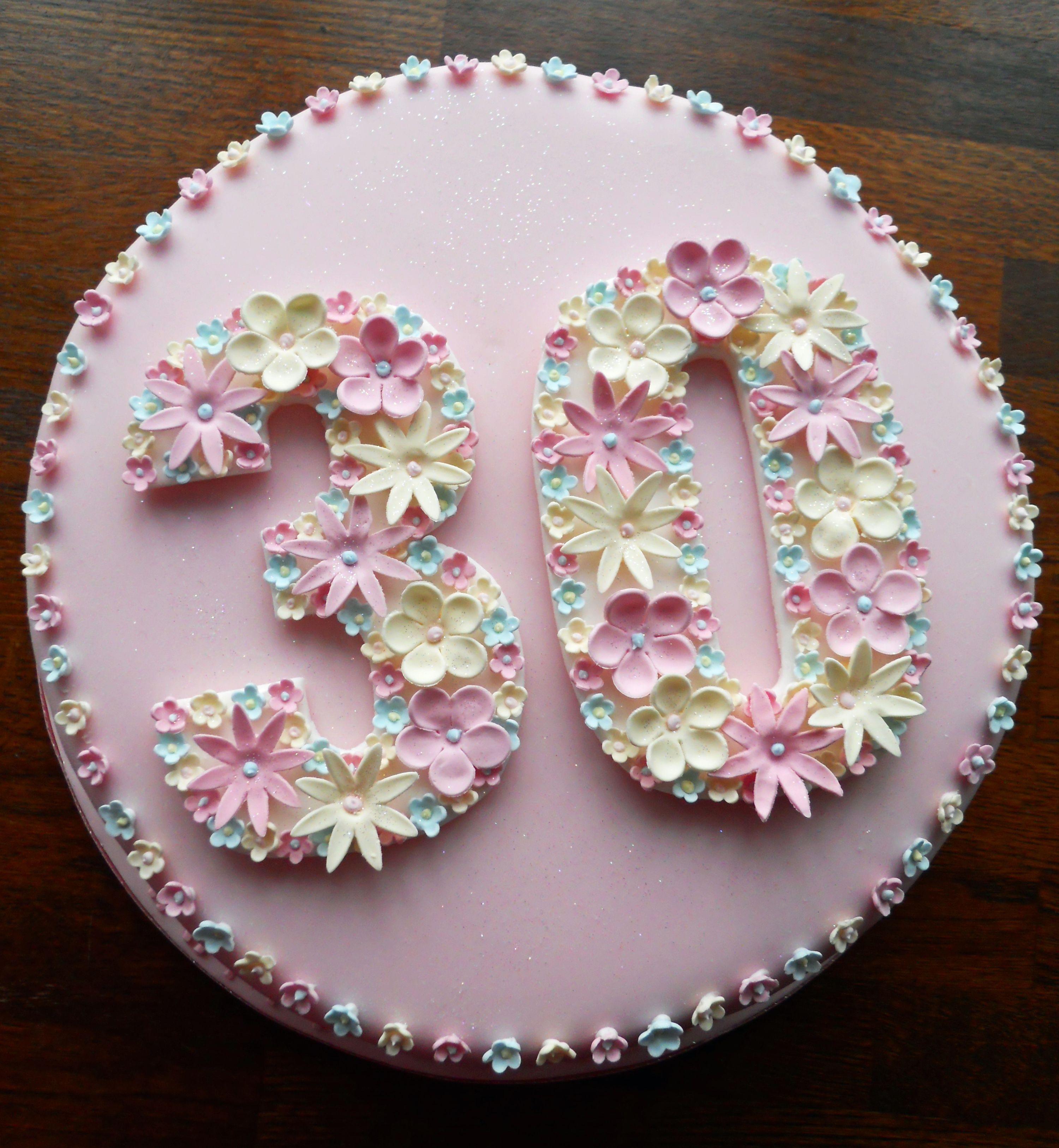 Flowery 30th Birthday Cake (met afbeeldingen ...