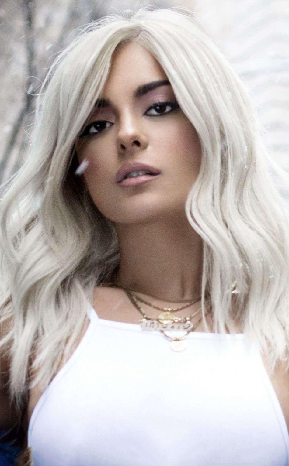 Snowfall White Hair Bebe Rexha Celebrity 950x1534 Wallpaper Bebe Rexha Bebe Rexa Bebe