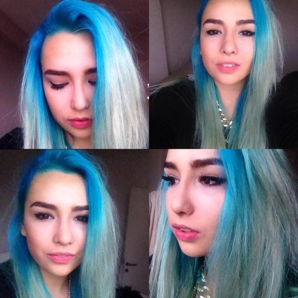 Ipek is wearing manic panic voodoo blue hair dye so pretty