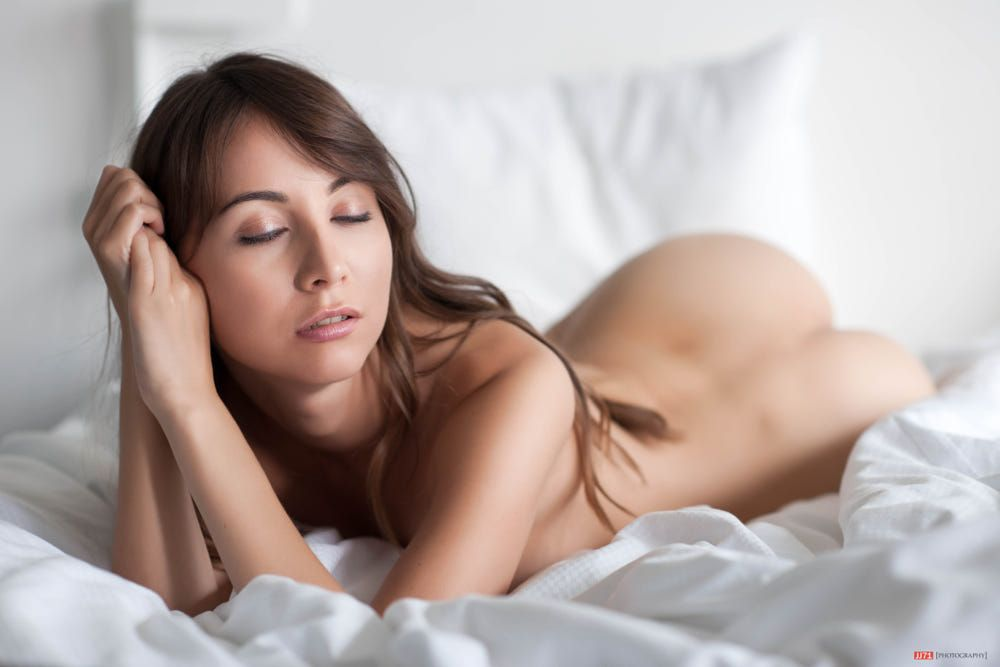 nude Anya orlova