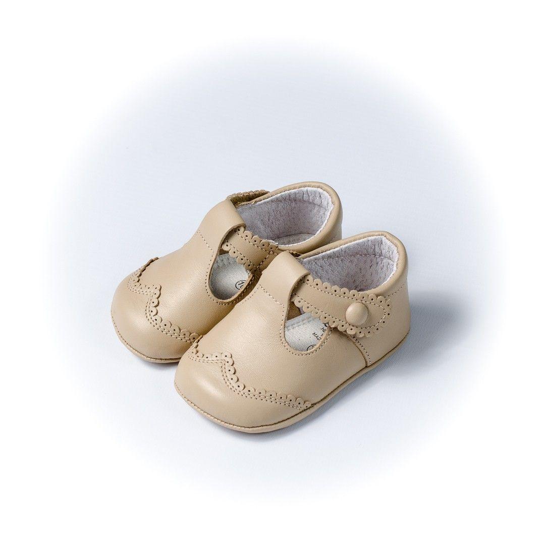 16275e39e ¡Calzado infantil de calidad en Adrielsmoda.es! Sandalia premier piedra para  bebé de