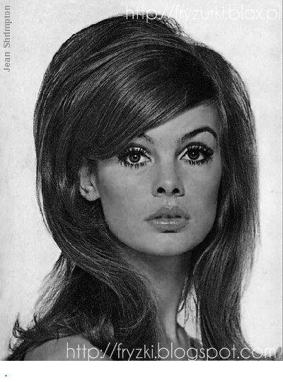 Lata60 Fryzury In 2020 60s Makeup And Hair 1960s Hair 60s Hair