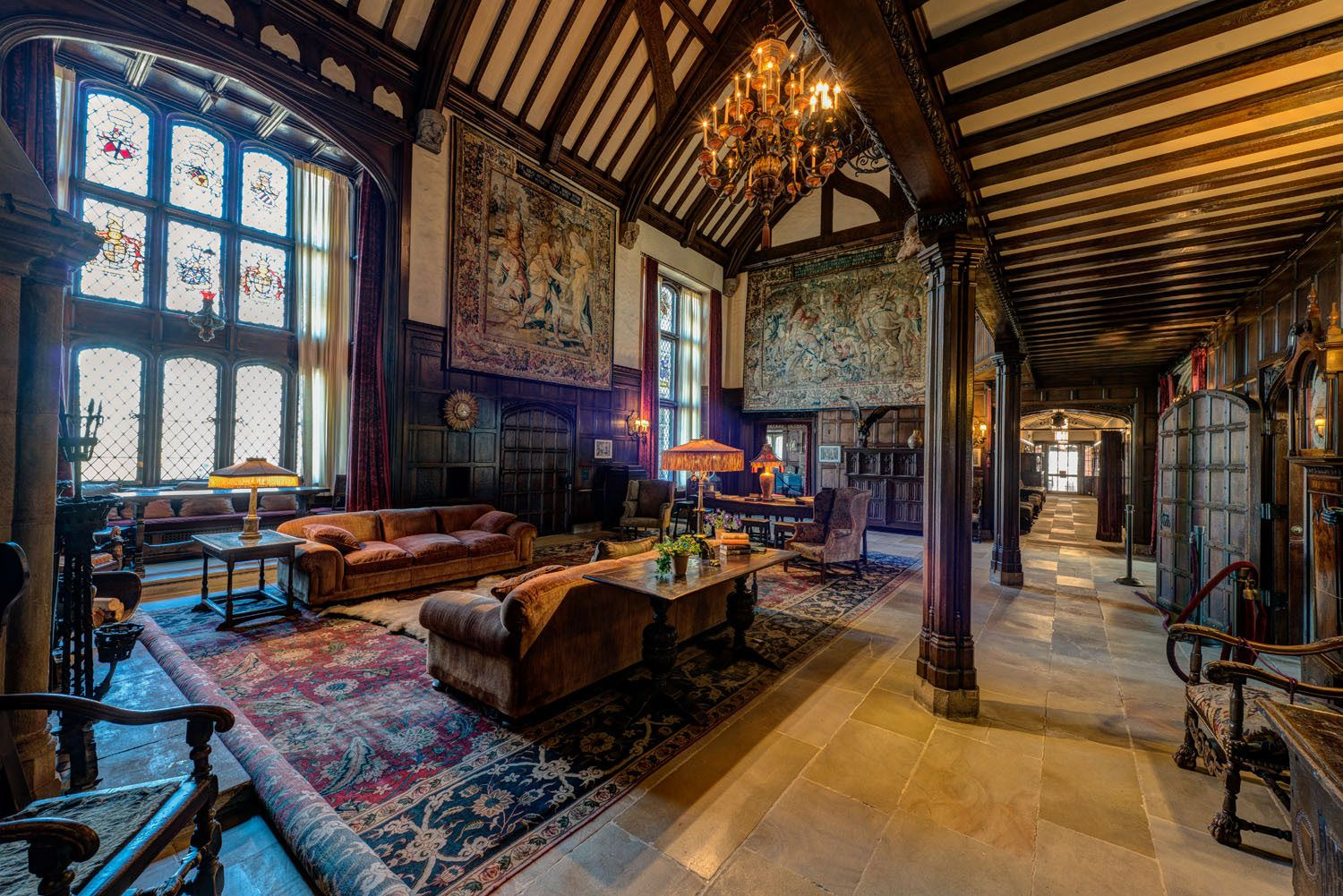 The manor house stan hywet hall gardens great room for English house music