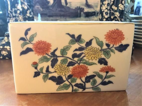 Photo of Polychrome Delft Imari Flower Brick Chinese Floral Vase Delfts Polychroom Vaas Tulipiere Frog Tulipier Pique Fleur Brush Pot Enesco Japan