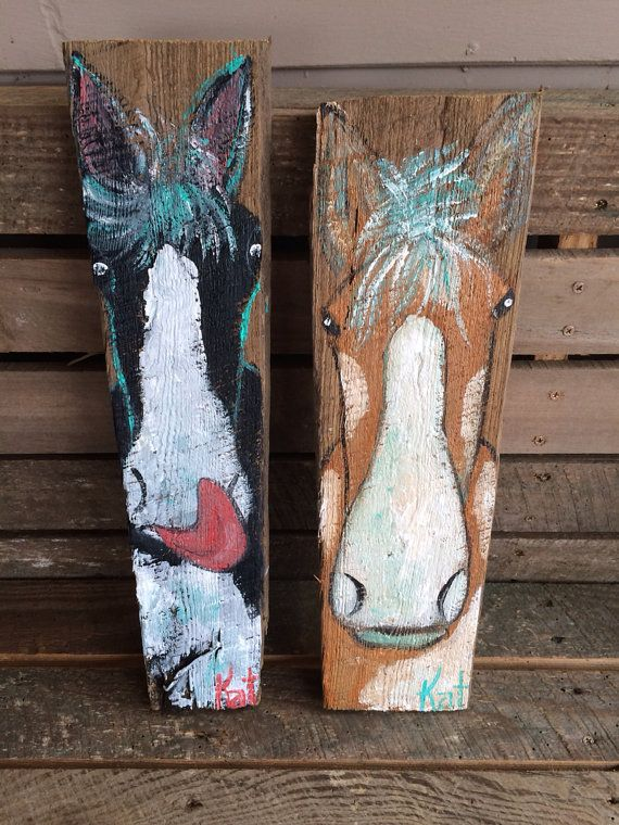 Pair of folk art horses on barn wood on etsy for Wooden horseshoes for crafts