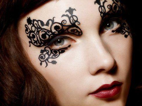 Beautiful Lace eyes