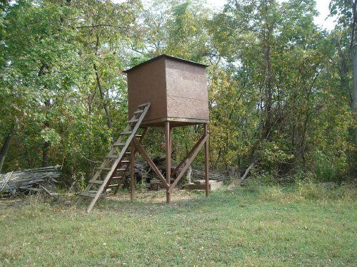 Homemade elevated hunting blind plans crazy homemade for Hunting blind blueprints