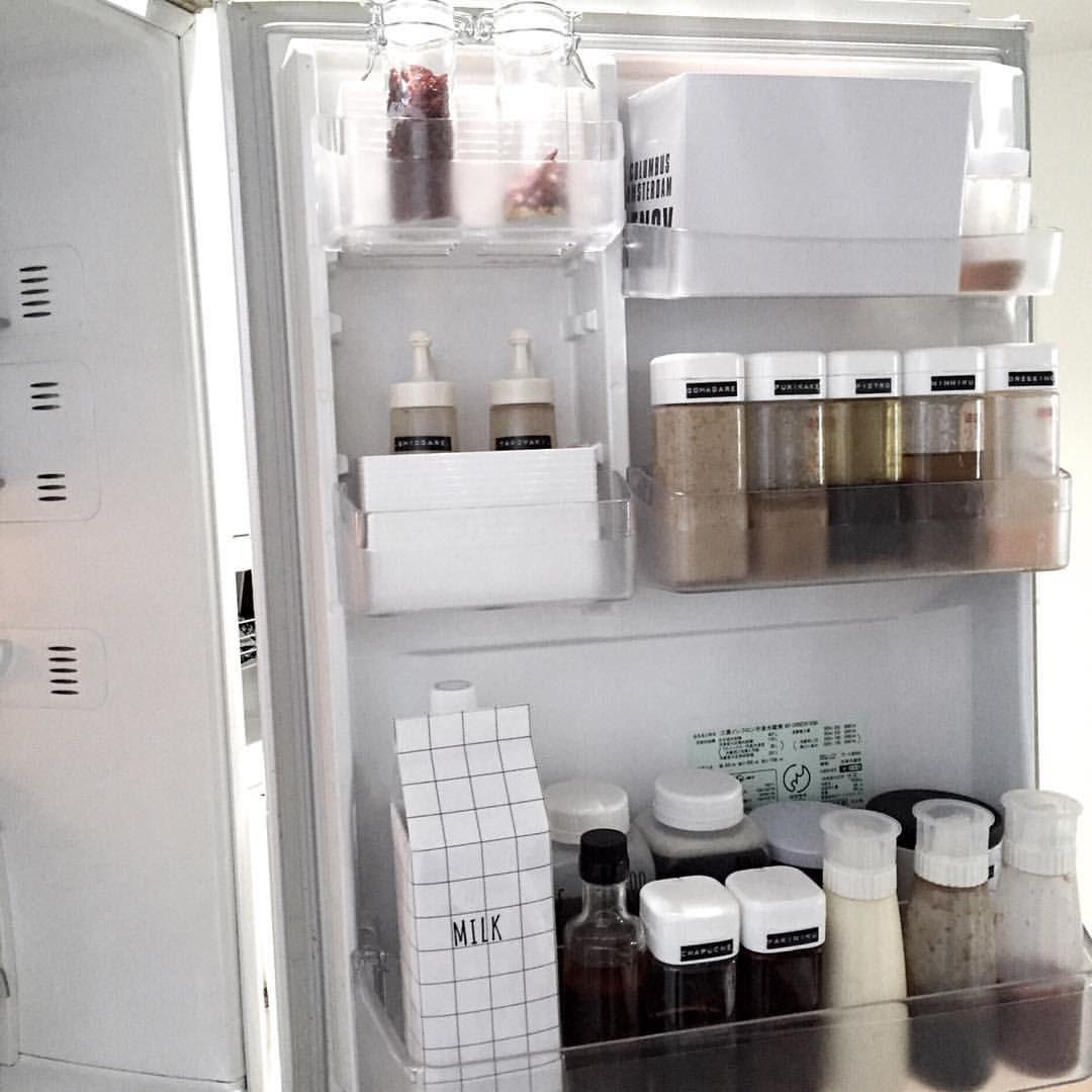 冷蔵庫のドアポケット見直し 色物 柄物の瓶類は セリアのboxで