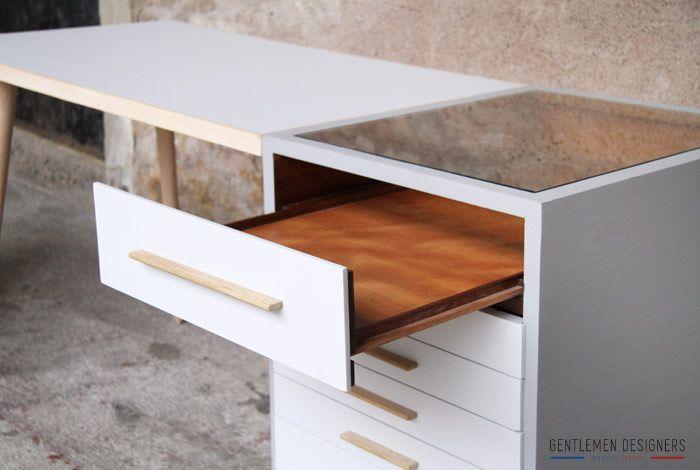 Ensemble bureau et desserte tiroirs bois et gris clair http: www