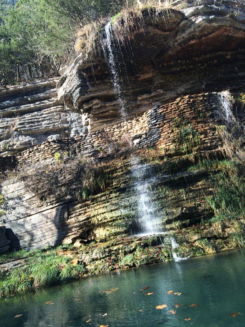 Great spirit rock shelter dogwood canyon lempe mo usa