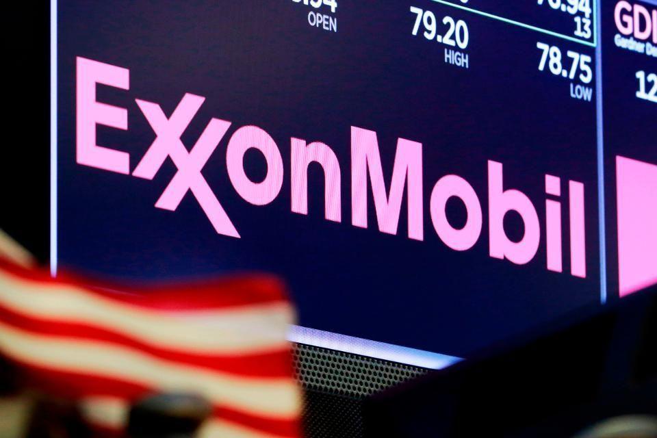 Exxon keeps up 35 billion annual spending despite oil