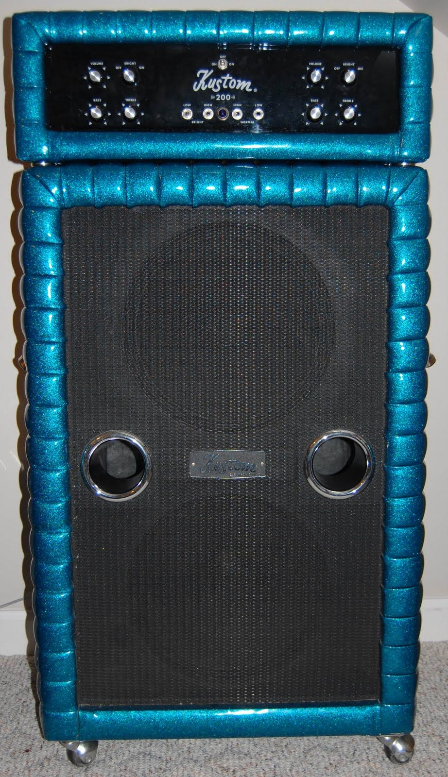 big blue a kustom 200 tuck 39 n roll job i used to know a guy that had one of these puppies. Black Bedroom Furniture Sets. Home Design Ideas
