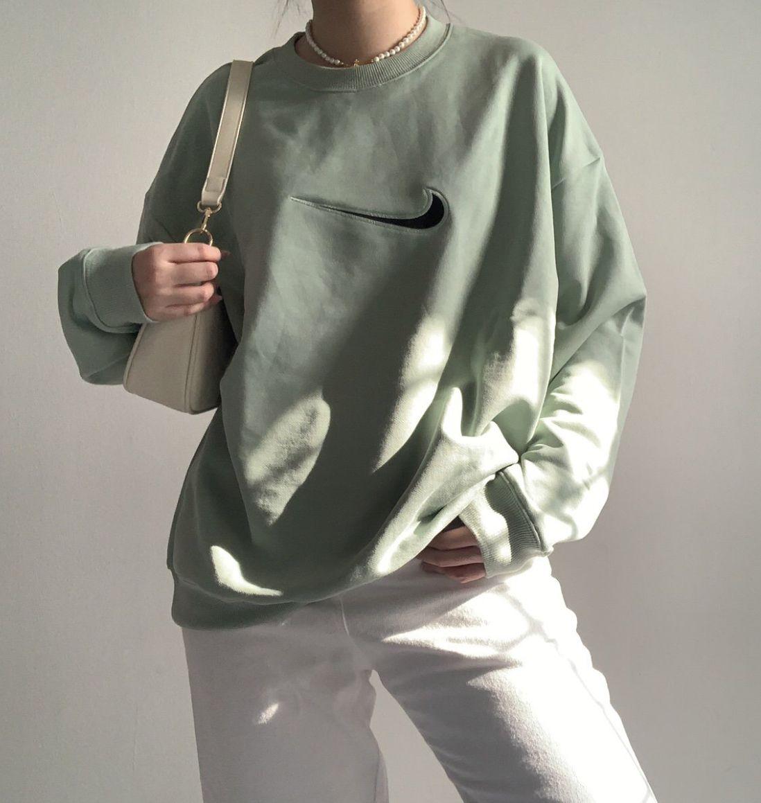 Sage Green Nike Sweatshirt Outfit In 2021 Vintage Nike Sweatshirt Nike Sweatshirt Outfit Nike Vintage Sweatshirt [ 1159 x 1098 Pixel ]