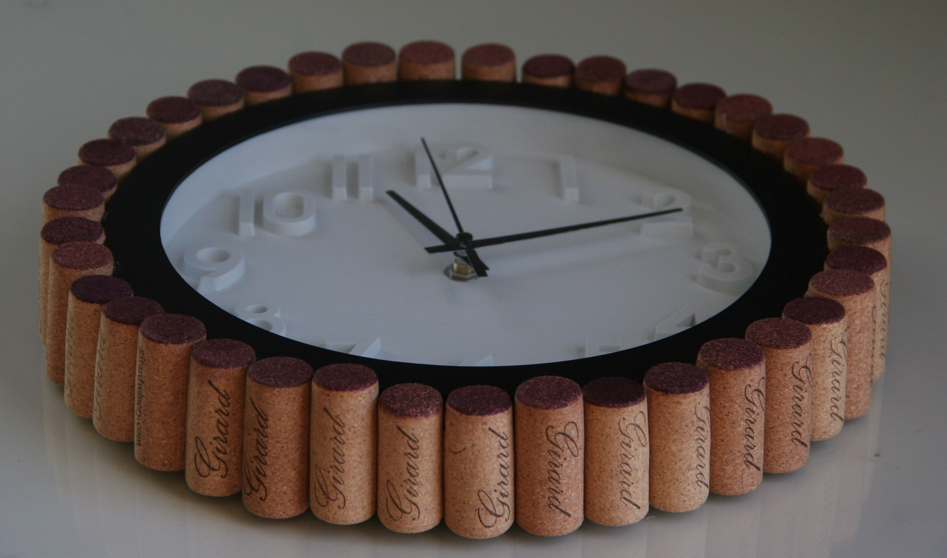 Wine Cork DIY:  cork rimmed clock