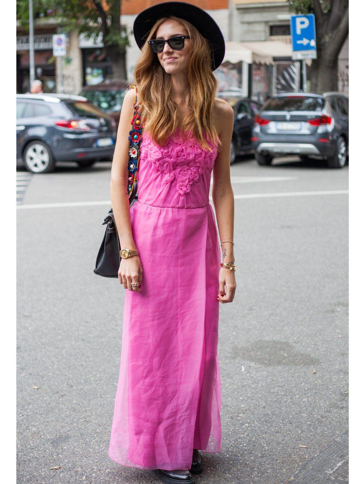 Das Outfit zum Cocktail | Pinkes kleid, Prickeln und Pink