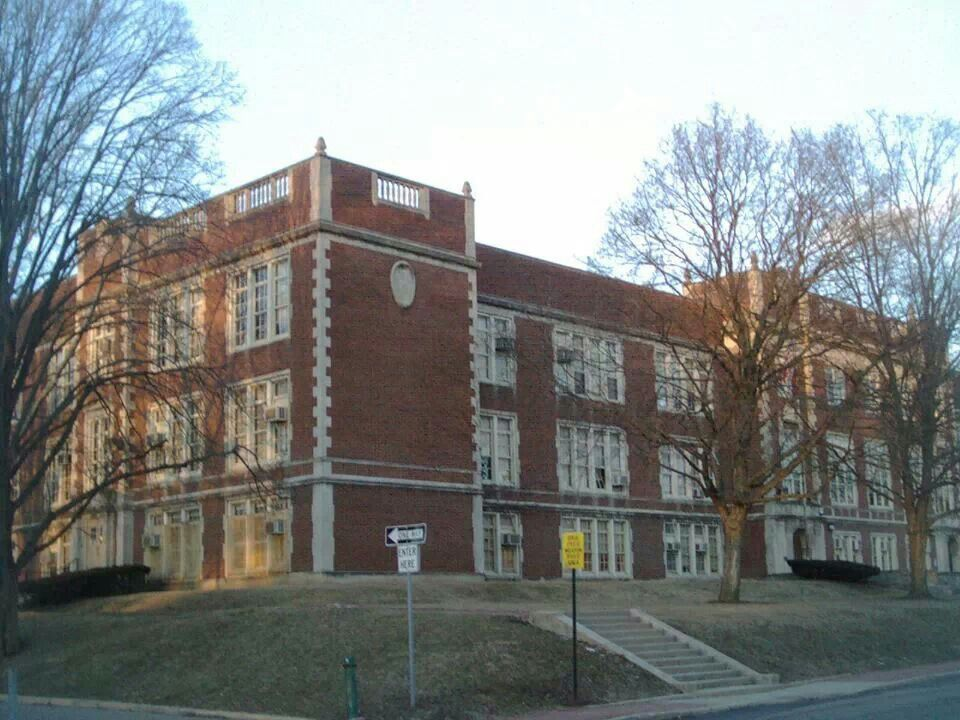 North High School 100 Arcadia Ave Columbus Ohio My Alma Mater 1945 But The School No Longer Exists Columbus Ohio The Buckeye State Greenlawn Cemetery