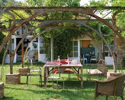 ESTILO RUSTICO jardines rusticos Desain warkop Pinterest Pergolas