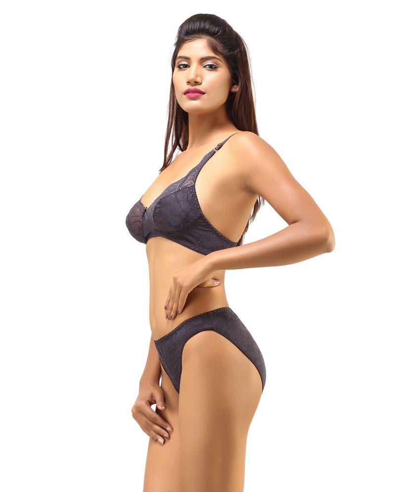 e211f3eb680 DesiHarem Multi Color Cotton Bra   Panty Sets Pack of 2
