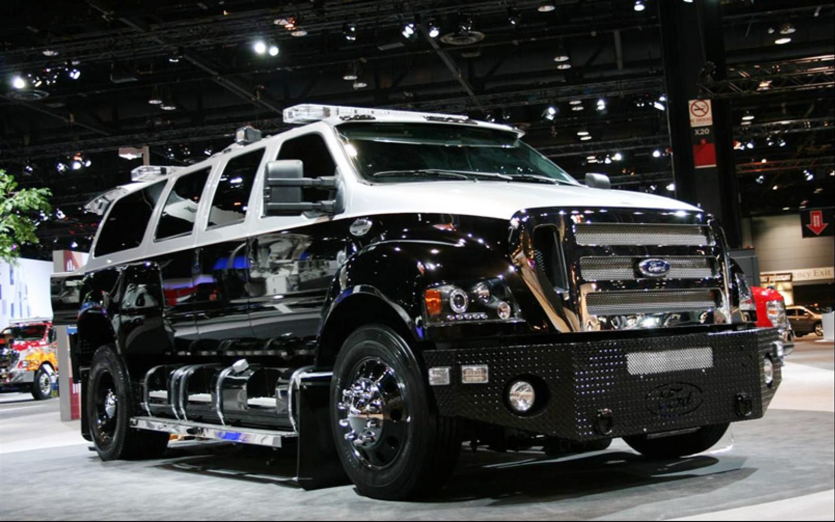 The ford f 650 concept truck is big the ford f 650 concept truck is - Ford F 650 Xl Super Duty Hd Picutre 1680x1050 Widescreen Hd Wallpaper