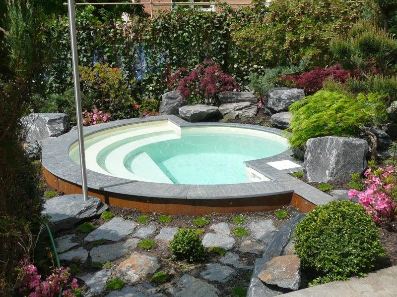 Piscina peque a casa bios g h pinterest jacuzzi for Medidas de piscinas pequenas