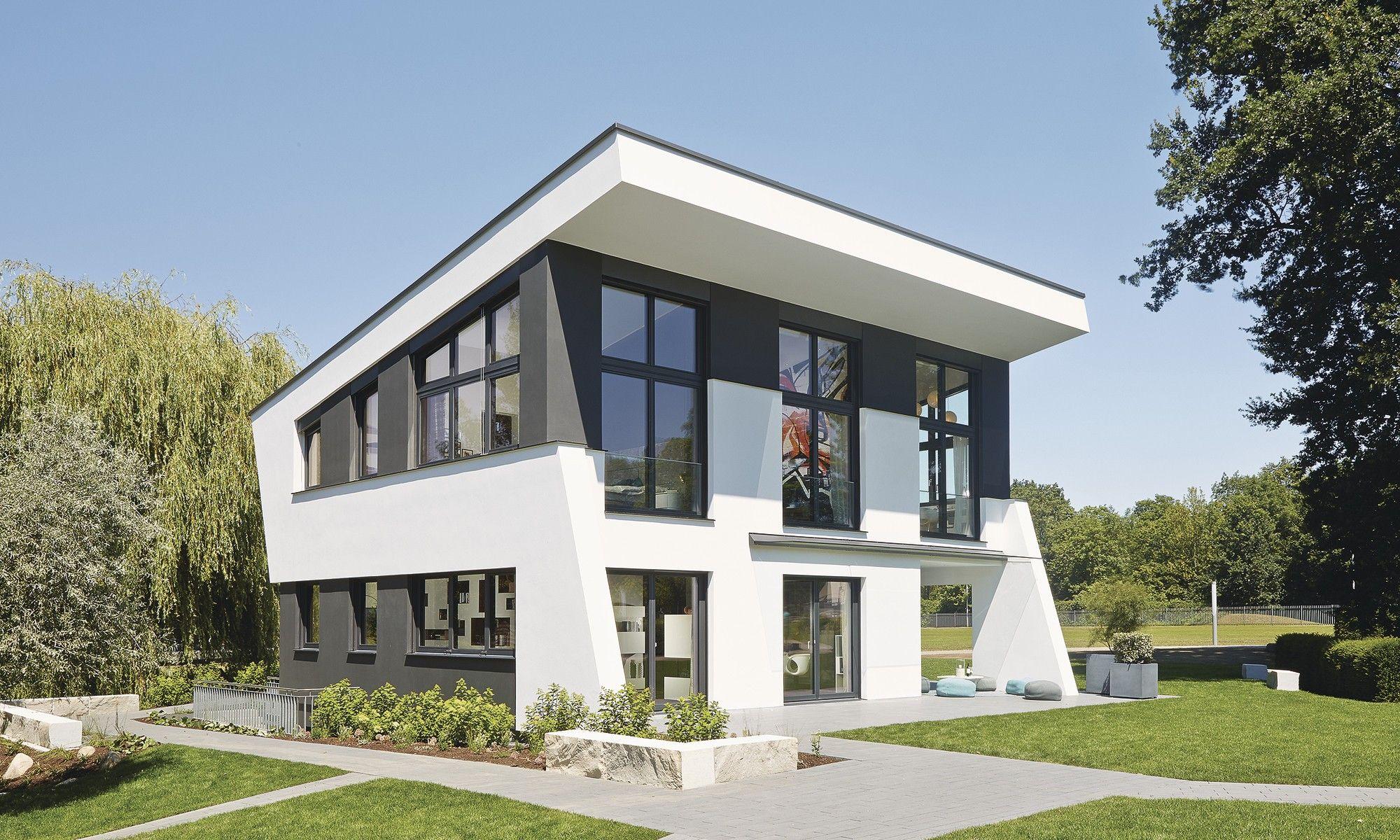 Ultra modern urban loft style prefab house with underfloor heating