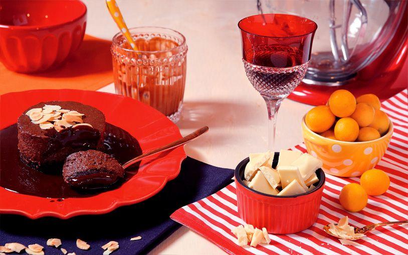 Receita de torta-mousse de chocolate com calda - Entretenimento - GLOSS