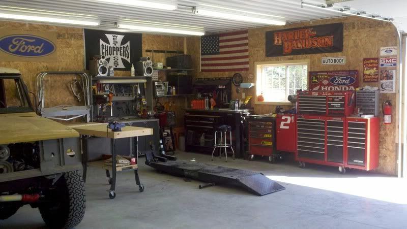 25 Awesome Garage Door Design Ideas   Garage Design, Interiors And Walls