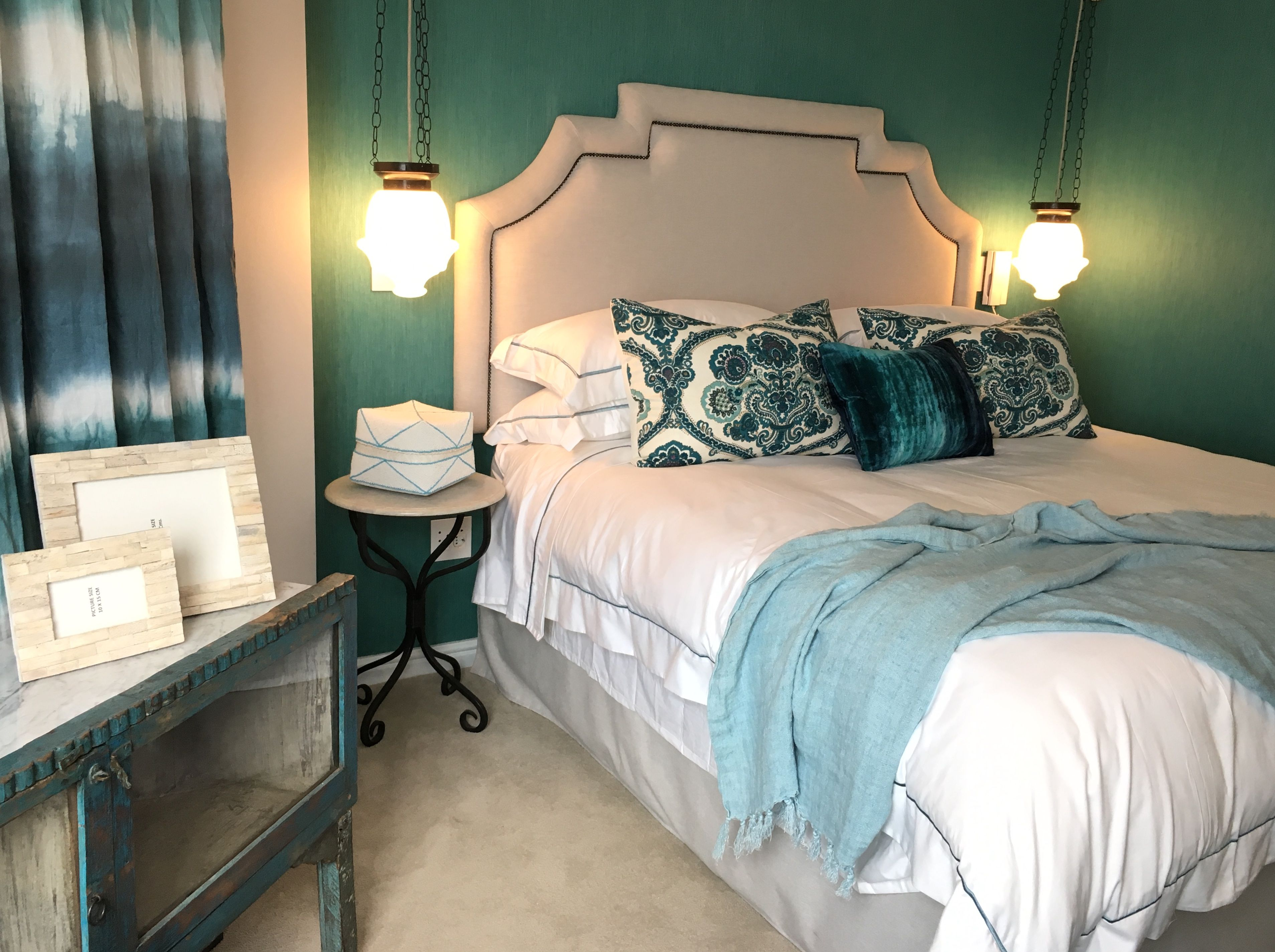 master bedroom chivasso wallpaper and black fabrics