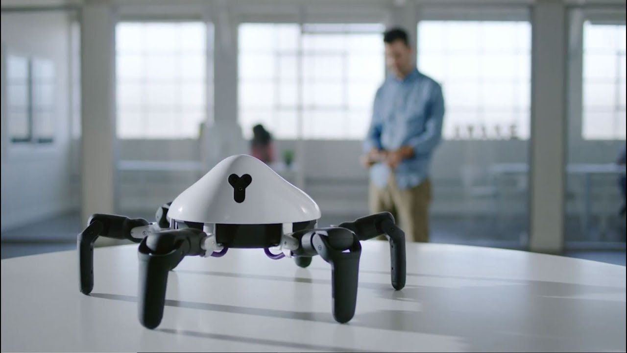 7 Robotic Gadgets You Need To Get 3 Videos Youtube Technology