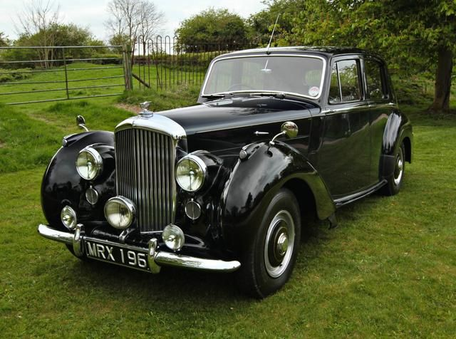 1954 Bentley R Type 4 Litre Saloon With Images Old Fashioned