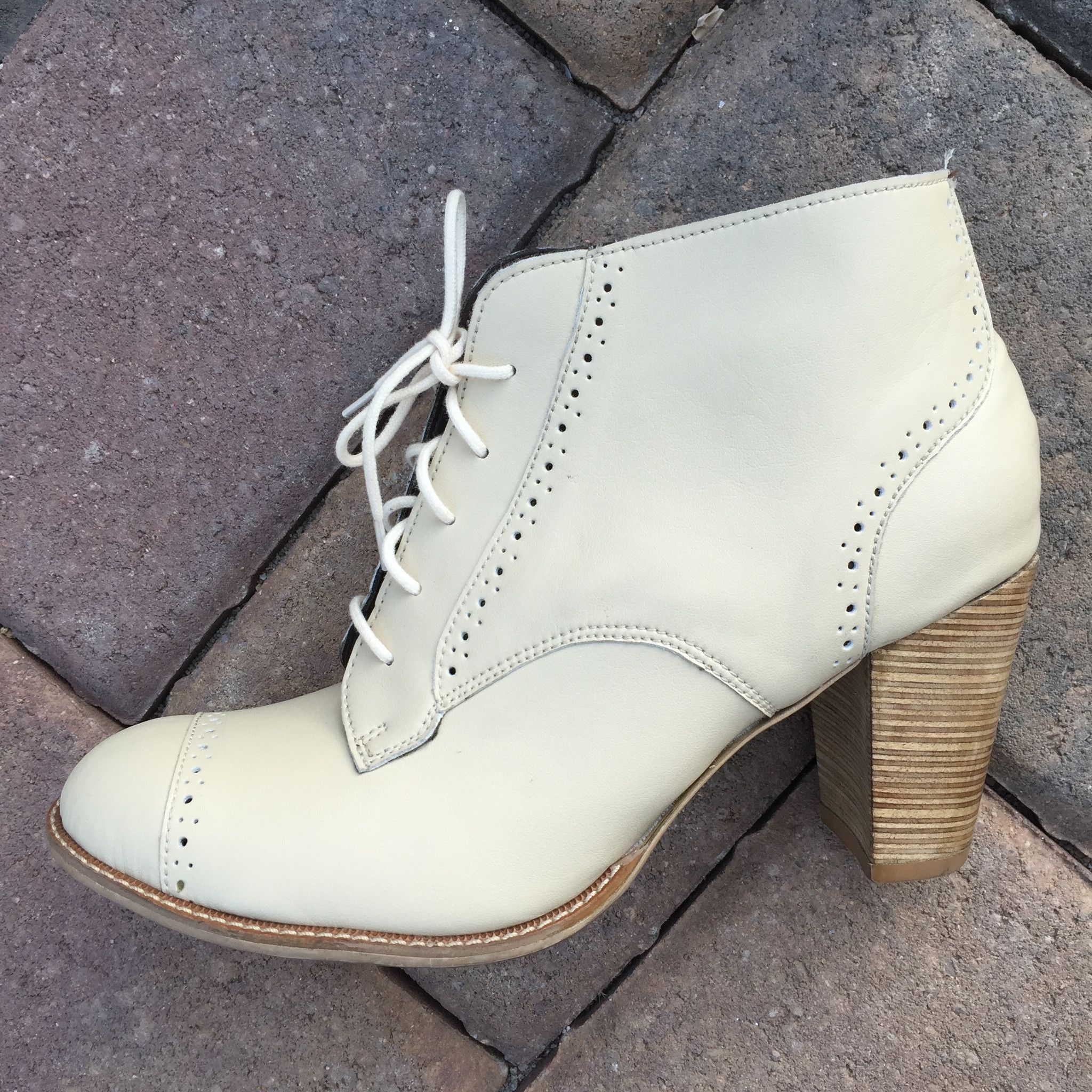 PRE ORDER WILLOW BOOTS: Production starts when funded (12