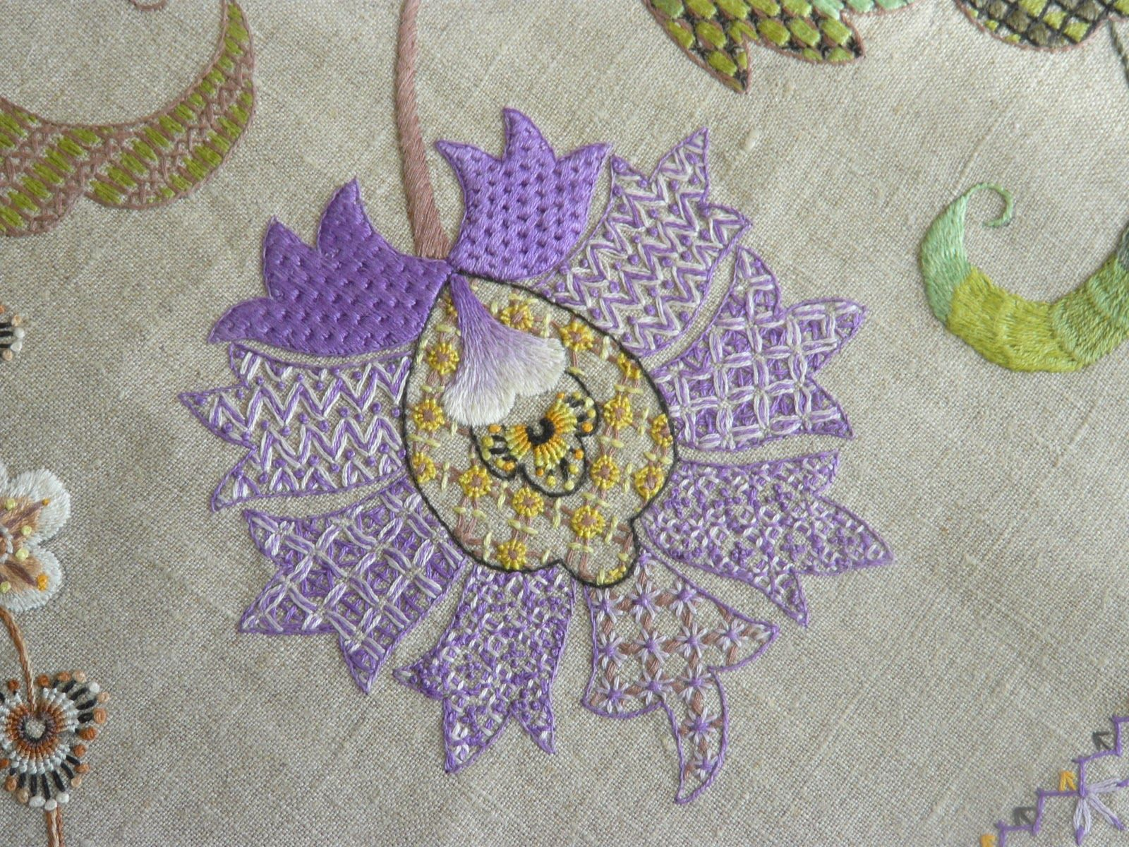 Pin By Stacy Mishina On Emdroidery Jacobean