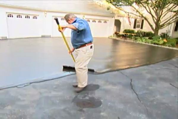 Learn How To Repair And Resurface An Asphalt Driveway; Watch A Video  Showing How To Clean, Repair And Resurface A Driveway.