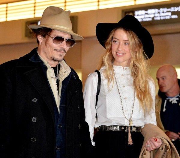 Johnny Depp Photos Photos Johnny Depp And Amber Heard In Tokyo Johnny Depp And Amber Johnny Depp Amber Heard