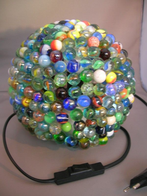 knikkerlamp got lots of marbles and no idea what to do with those buggers make this lights. Black Bedroom Furniture Sets. Home Design Ideas