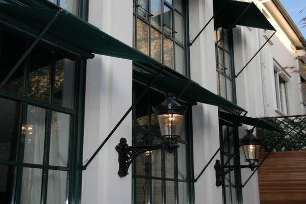 Roussel Stores Store Banne Elegant De Chez A L Ancienne Stores Exterieurs Stores Exterieur