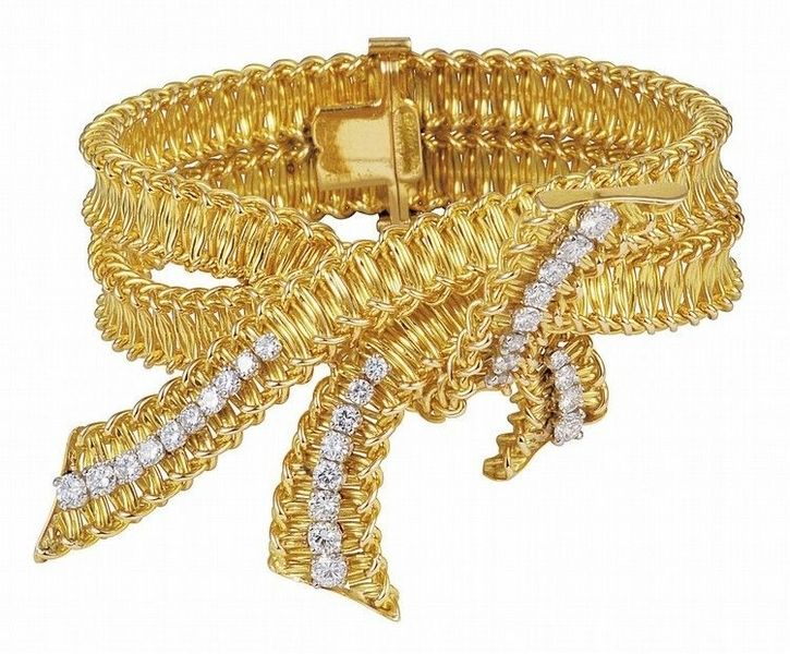 Palais Royal 如同裁縫服裝般的高級訂製珠寶 |Pinned from PinTo for iPad|